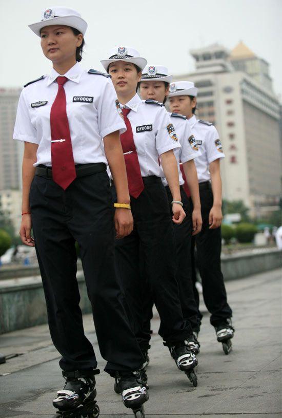 Women patrol team in Nanning