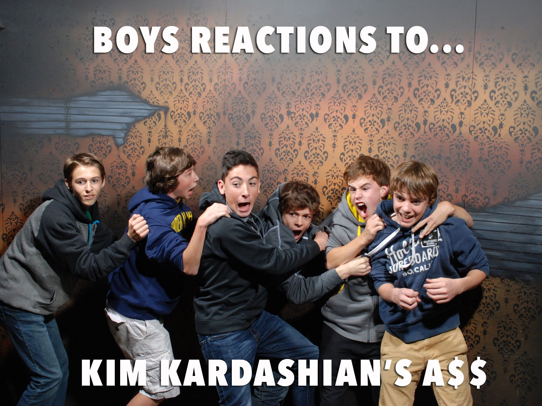 50 hilariously ridiculous haunted house reactions - A Teenage Boy S Dream Http Www Nightmaresfearfactory Com Pics Fear Factoryhaunted Housesfactorieskim