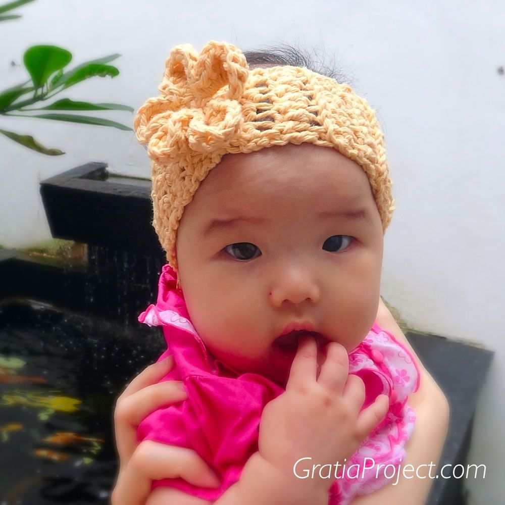 Baby ear warmer crochet pattern from gratiaproject crochet baby ear warmer crochet pattern from gratiaproject bankloansurffo Choice Image