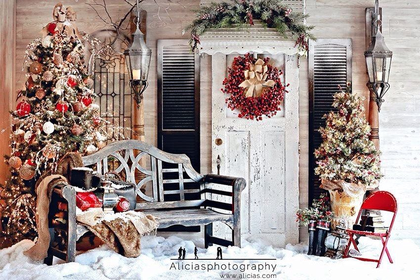 The Front Porch Decorated For Christmas Makes A Delightful Photo Backdrop Photo Backdrop Christmas Christmas Photo Booth Christmas Backdrops