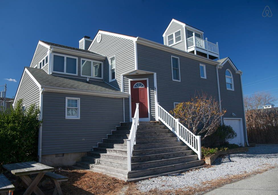 Oasis In The Center Of Dewey Houses For Rent In Rehoboth Beach Beach Houses For Rent Beach House Rental Rehoboth Beach