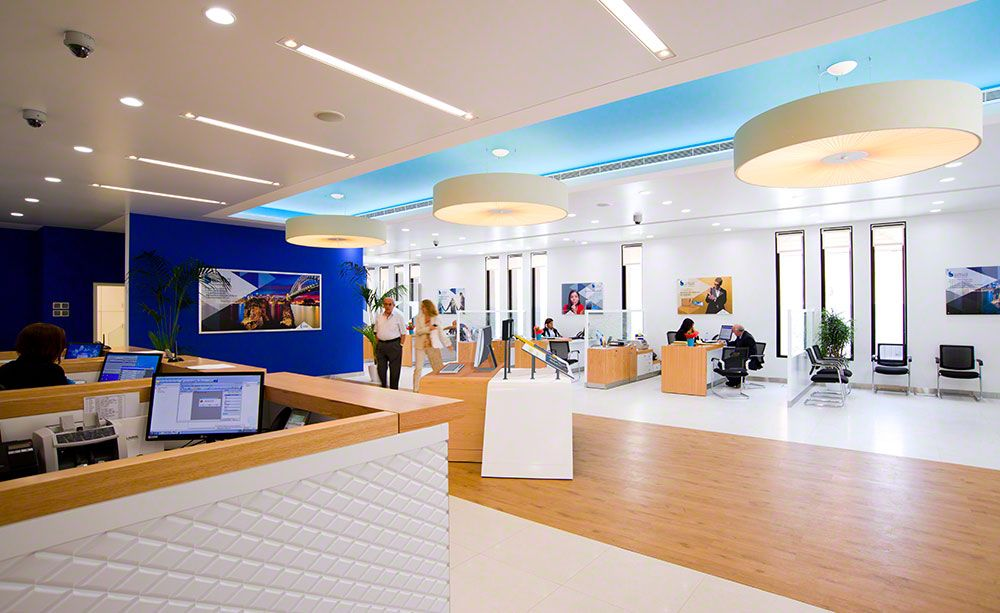 Banks interior architecture google search bank for Office design hamra