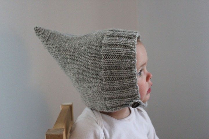 Simple Ribbed Pixie Bonnet Heather Gray Modern Baby di sweetKM