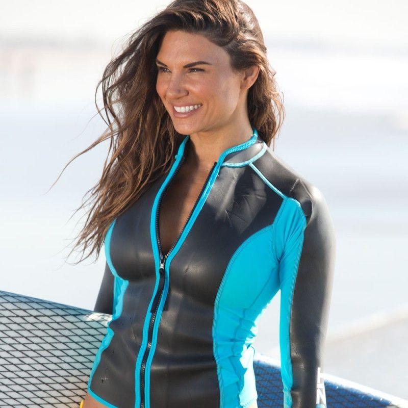 Sexy Celebrity Swimsuit Photos