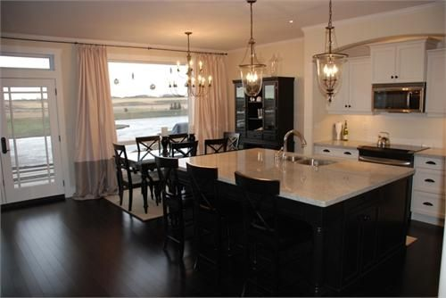 Wish My Kitchen Was Big Enough To Have An Island Love This Kitchen