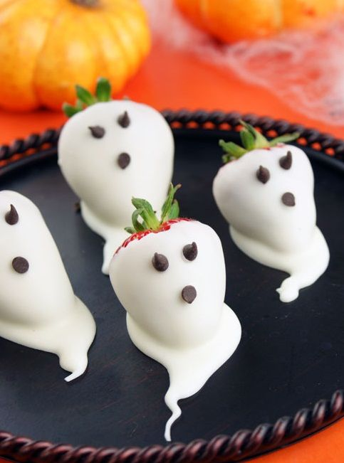 Strawberry Ghosts Recipe Halloween parties, Creepy and Dips