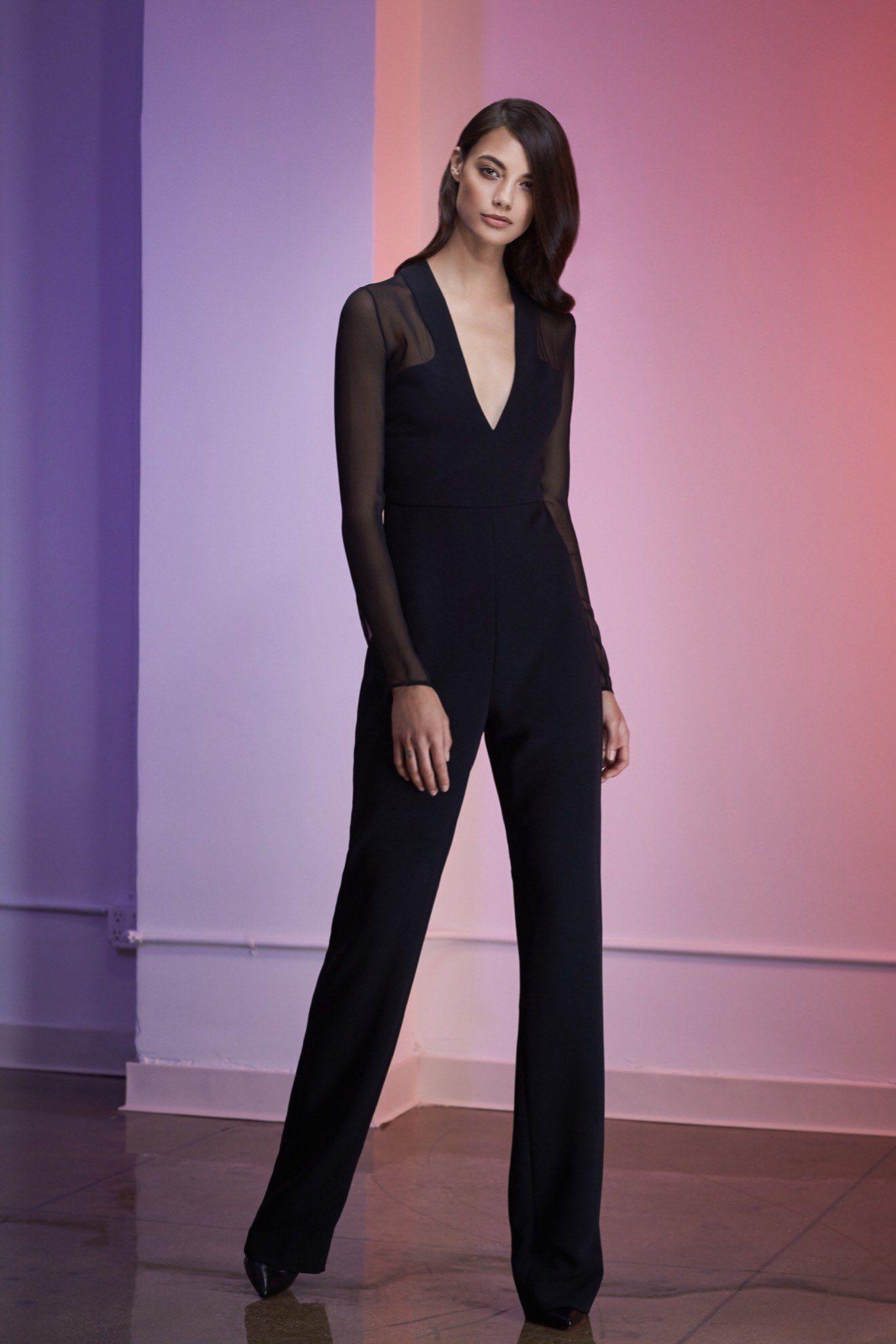 Cushnie et Ochs   Resort 2016   23 Black long sleeve jumpsuit with sheer sleeves