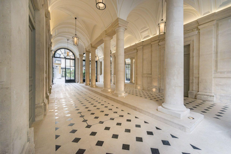 hall d 39 entr e de l 39 immeuble paris architecture pierre. Black Bedroom Furniture Sets. Home Design Ideas