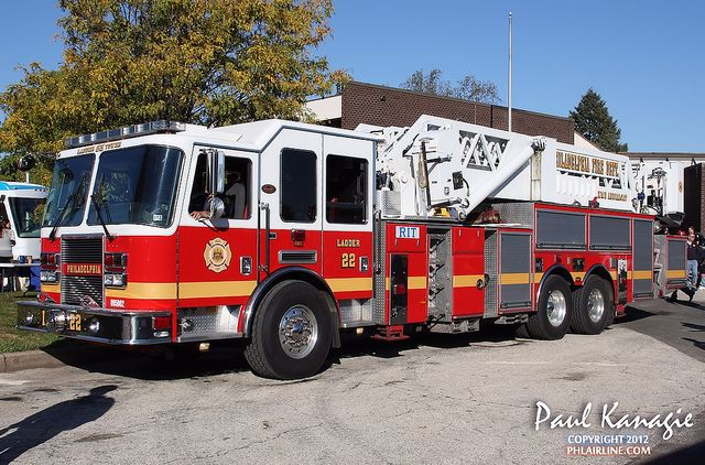Philadelphia Fire Department Ladder 22