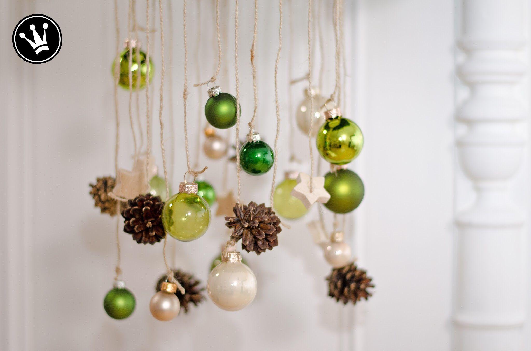 Beautiful DIY   Adventskranz Aus Moos, Zweigen, Zapfen Und Glaskugeln Selber Machen.  #DekoideenReich Great Pictures
