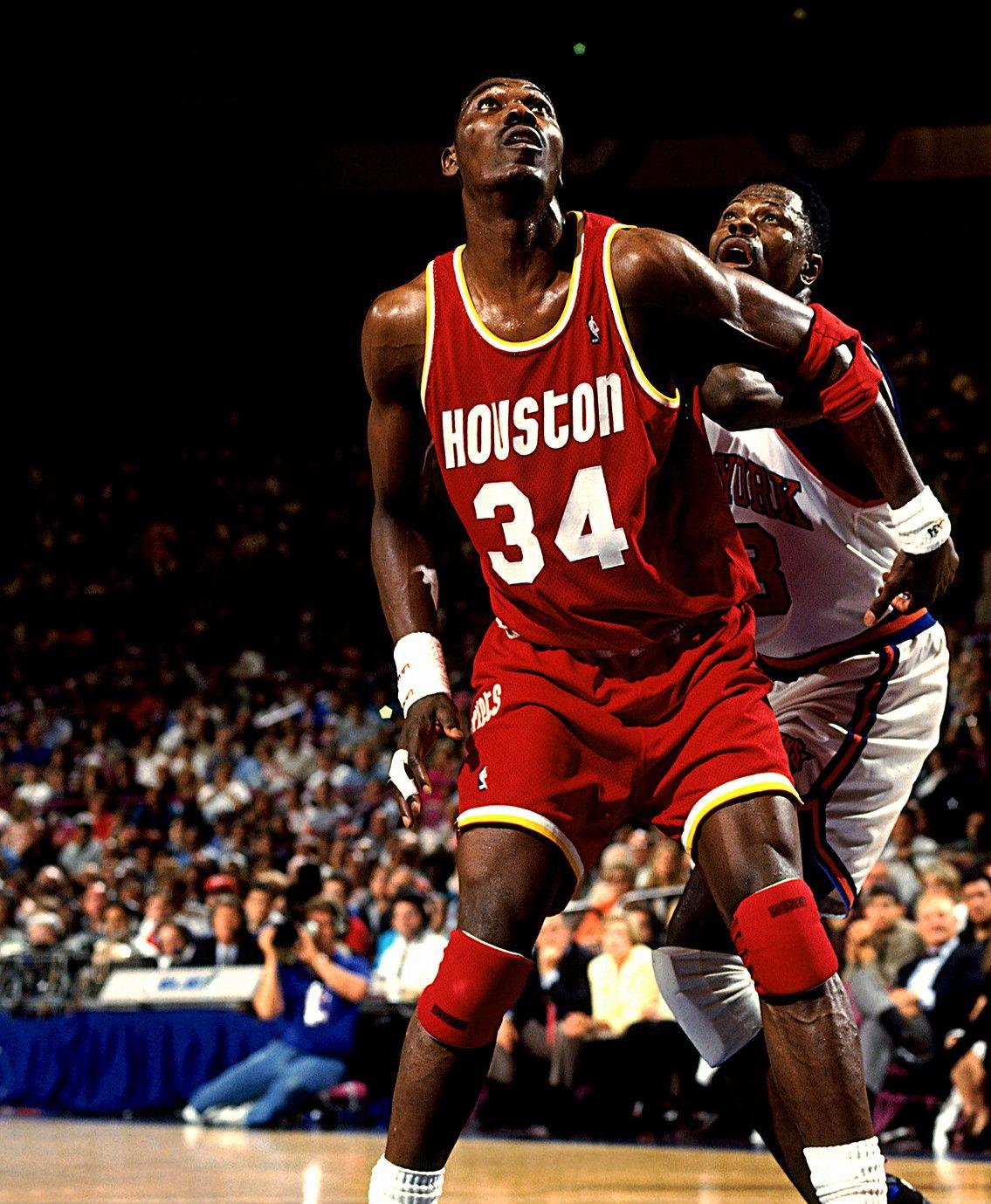 Olajuwon And Ewing Box Out, '94 Finals. Nba basketball