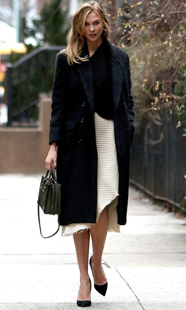 Karlie Kloss Gives Us Wear-To-Work Inspo