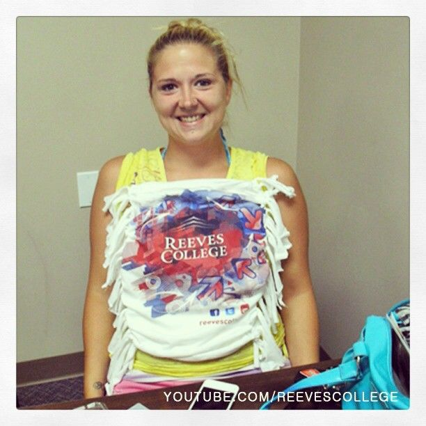Alter your t-shirt - tube top #Lethbridge #AB #tshirt #alter #tube #top #tubetop #ReevesCollege #college #life #collegelife