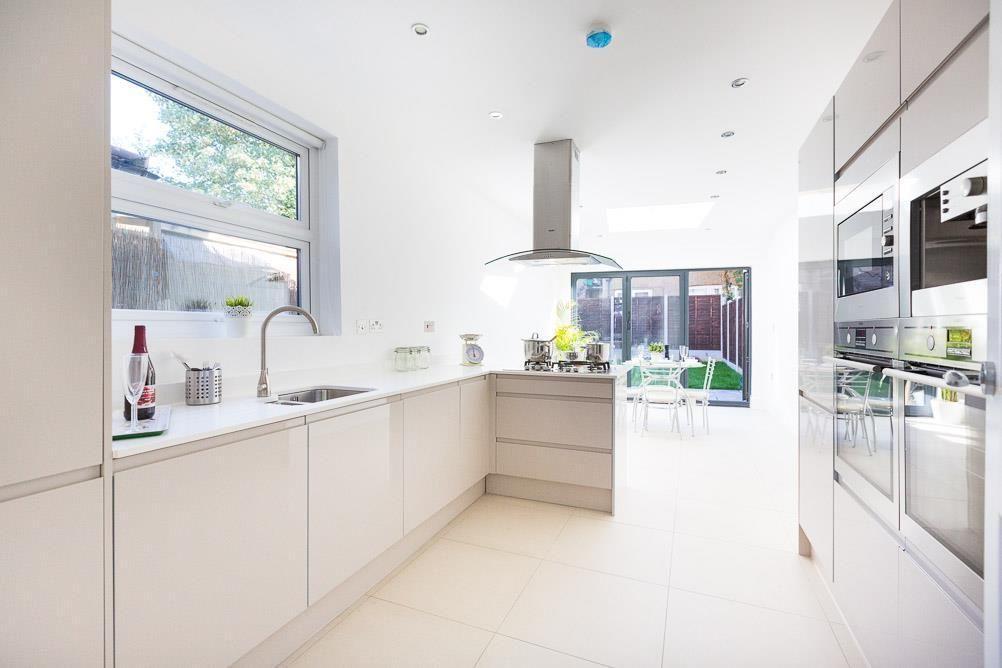 Image Result For 3 5m Wide Kitchen Design Contemporary Kitchen Design Kitchen Design Images Galley Kitchen Design