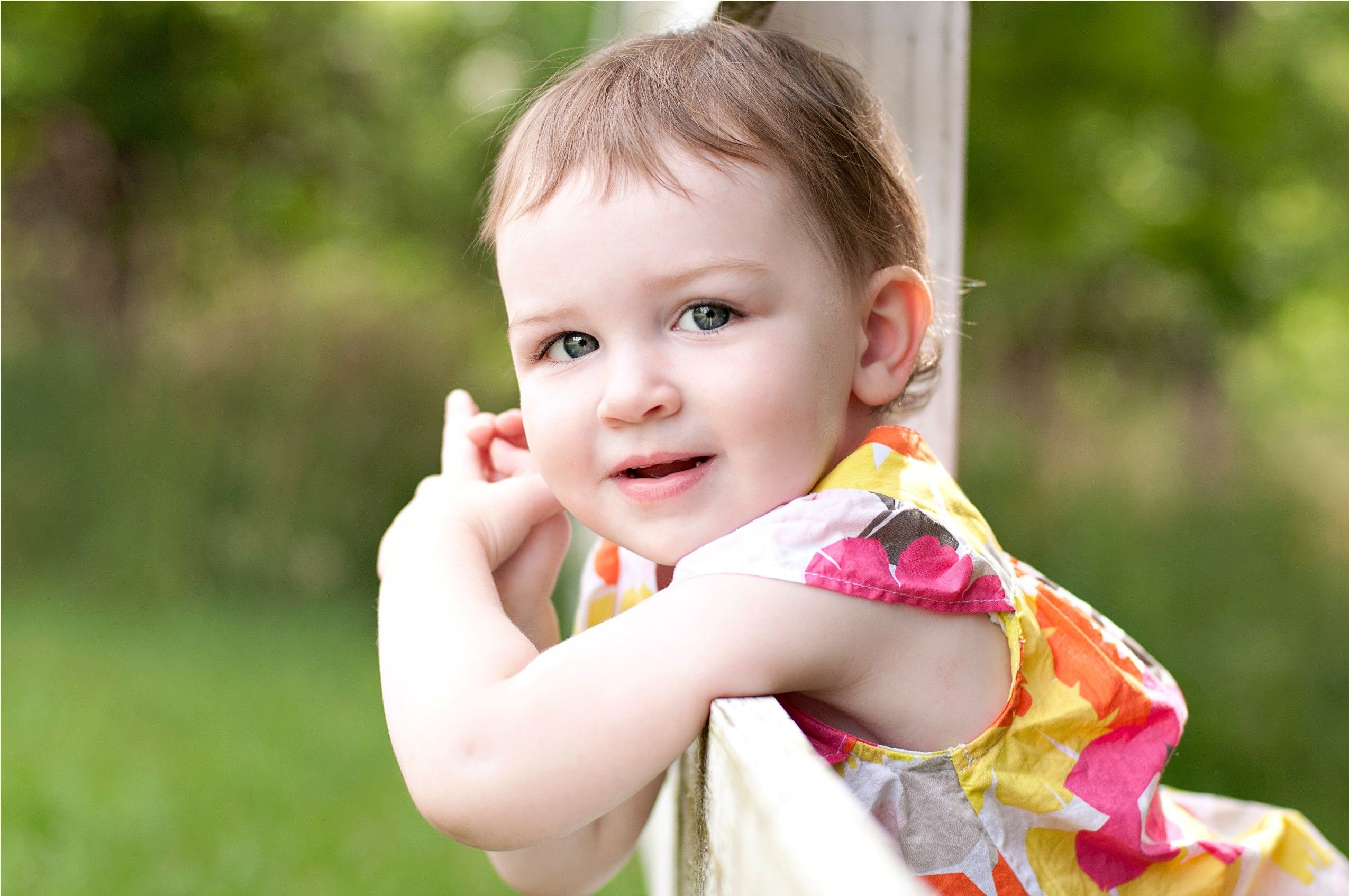 beautiful baby girl wallpapers Desktop Wallpapers Pinterest Baby girl wallpaper, Wallpaper ...