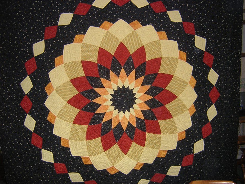 I love the 3d look of this quilt from a distance. Google Image ... : dahlia quilts - Adamdwight.com