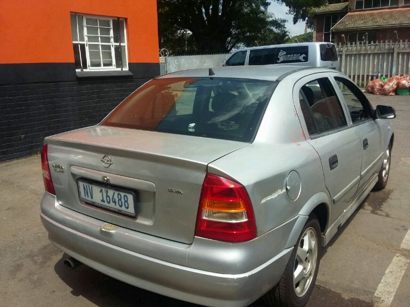 Complete car for saleIdeal for spares PLEASE NOTE : NO PAPERS AND ...
