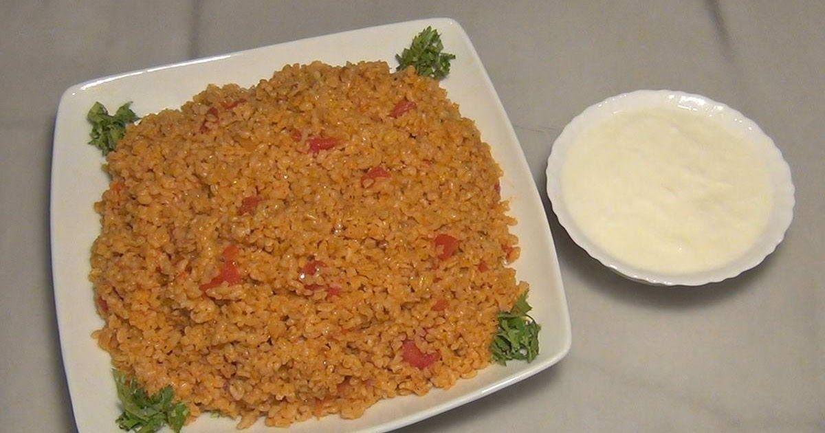 التحضير 15دقيقة الطهي 35دقيقة تكفي 4أشخاص المقادير طريقة عمل البرغل بالبندورة كغ برغل خشن مغسول و مصفى جيدا 6 ملاعق طعام زيت زيتون 1 ب Recipes Food Rice