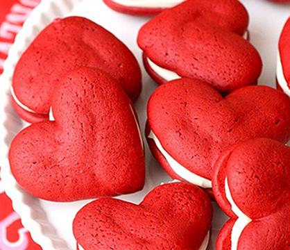 Valentine S Day Desserts And Treats Holidays Pinterest