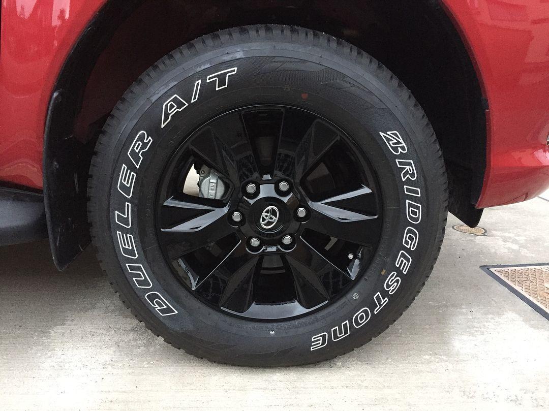 純正ホイール塗装のレターペンでカスタム安上がり仕様 ハイラックス 新型ハイラックス Hilux Car Wheel Revo Wheel