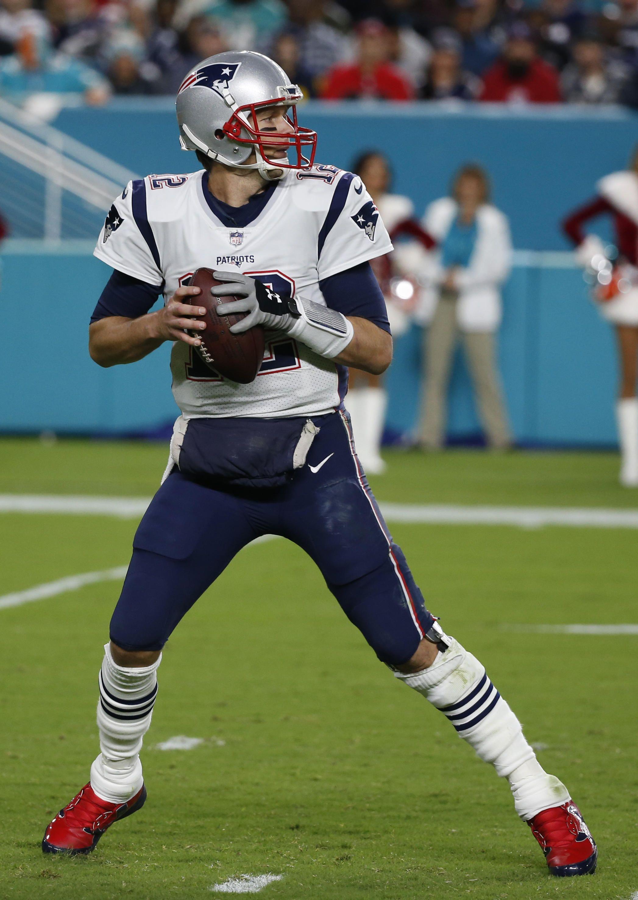Patriots Vs Dolphins Week 14 Patriots Vs Dolphins Patriots New England Patriots