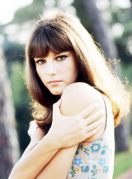 Итальянская актриса фото стефания сандрелли кристалл