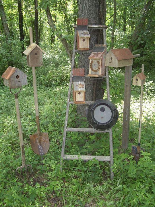 Primitive Birdhouse Garden Decor With