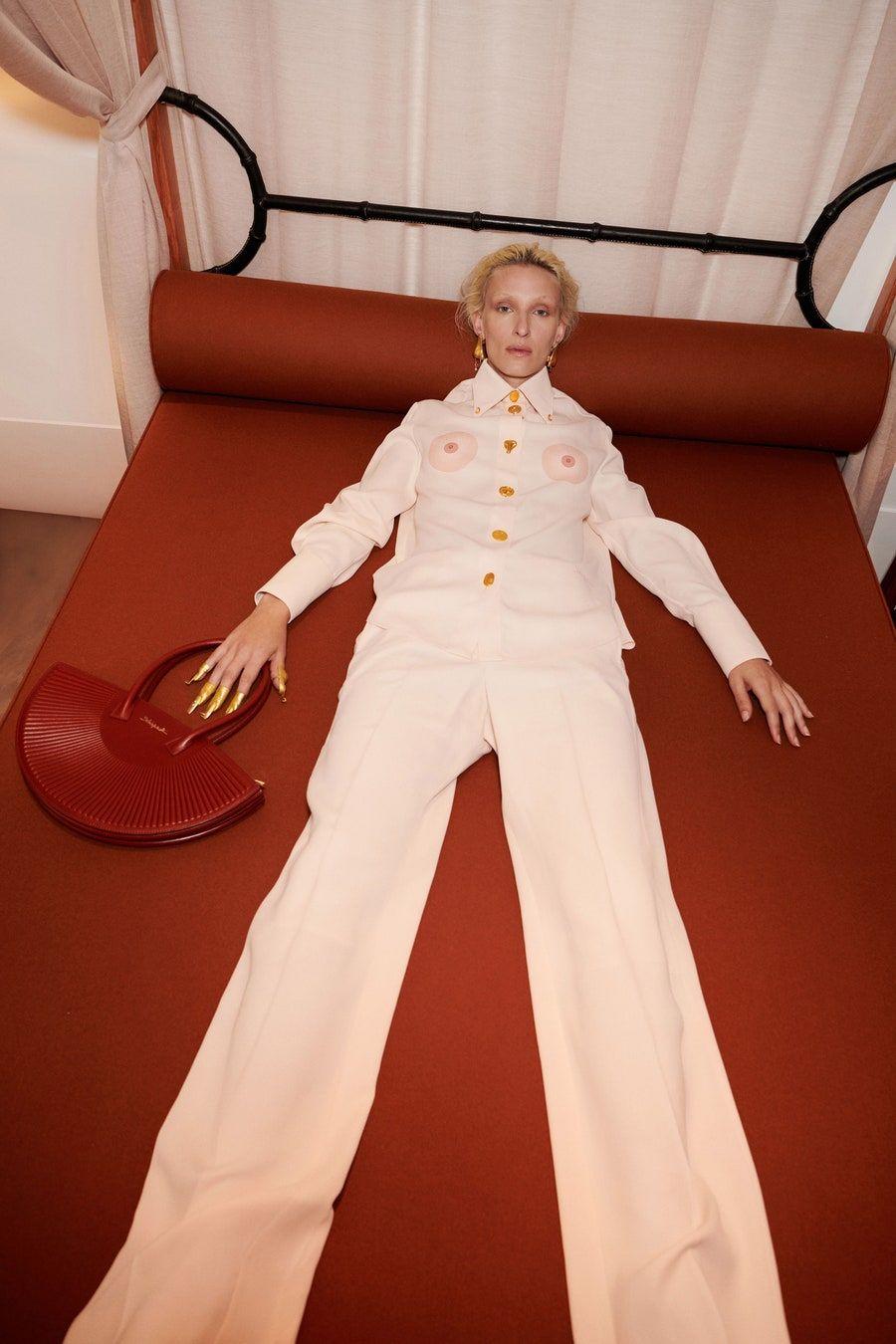 Schiaparelli Spring 2021 Ready-to-Wear Fashion Sho