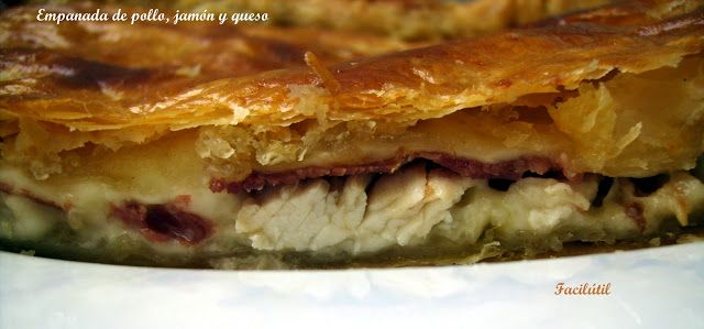 empanada-de-pollo-jamón-y-queso