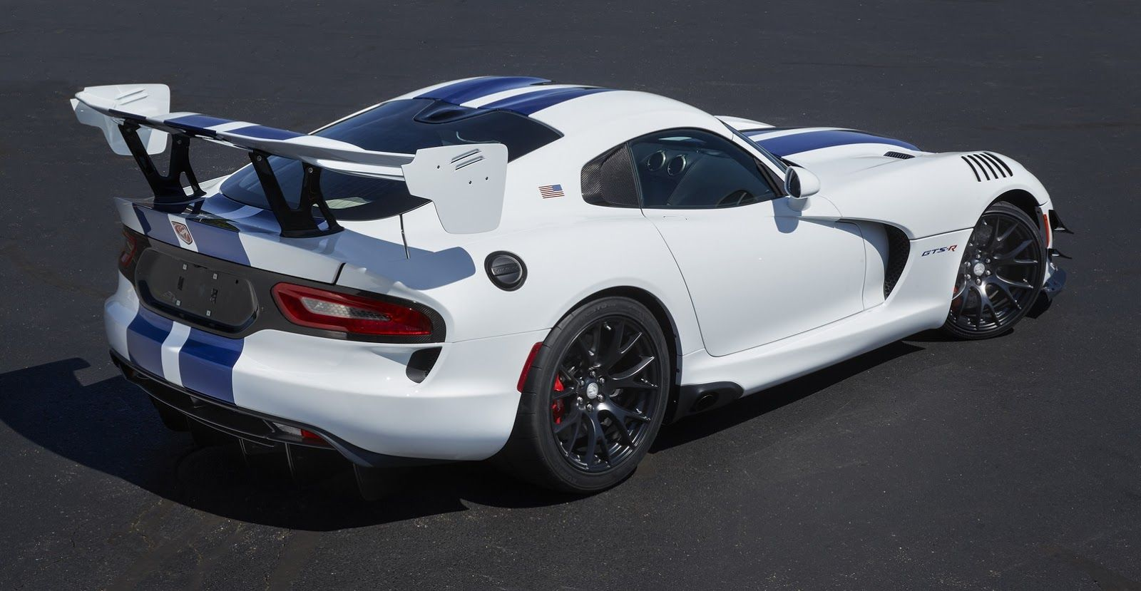 Dodge Sends Off 2017 Viper With Unchanged Prices And Specs