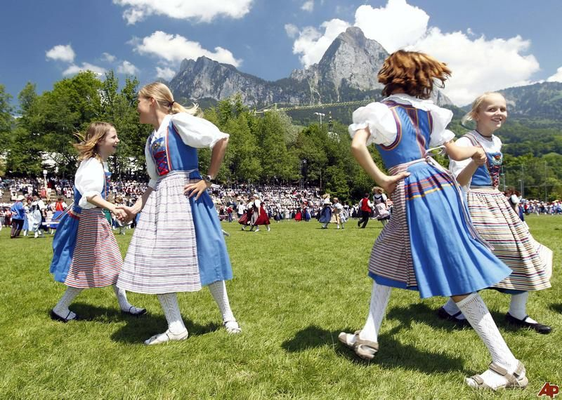 Switzerland Clothing Culture