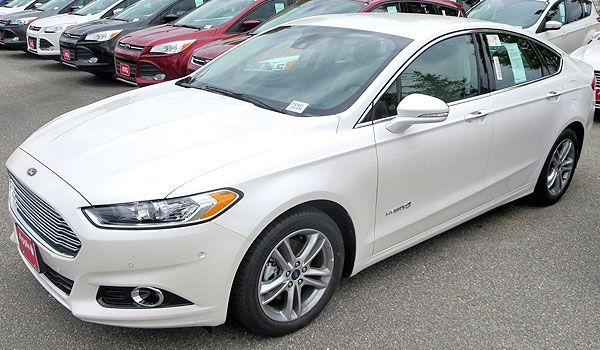 2015 Ford Fusion Hybrid Most Economical Efficient New Cars In