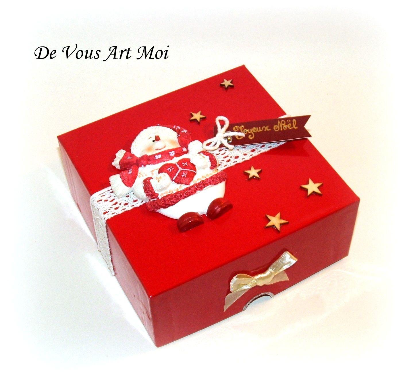 Personnalisé le bonhomme de neige Mon 1st Noël Cœur Décoration Premier Cadeau De Noël
