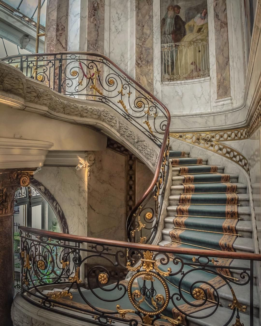 Could there be a more beautiful museum? #museeandrejacquemart #paris #kings_hdr #kings_luxury #loves_france_ #france_focus_on #france #parigi #loves_paris #museum #stairs #hello_france #luxury #instaparis #parisjetaime #parisphoto