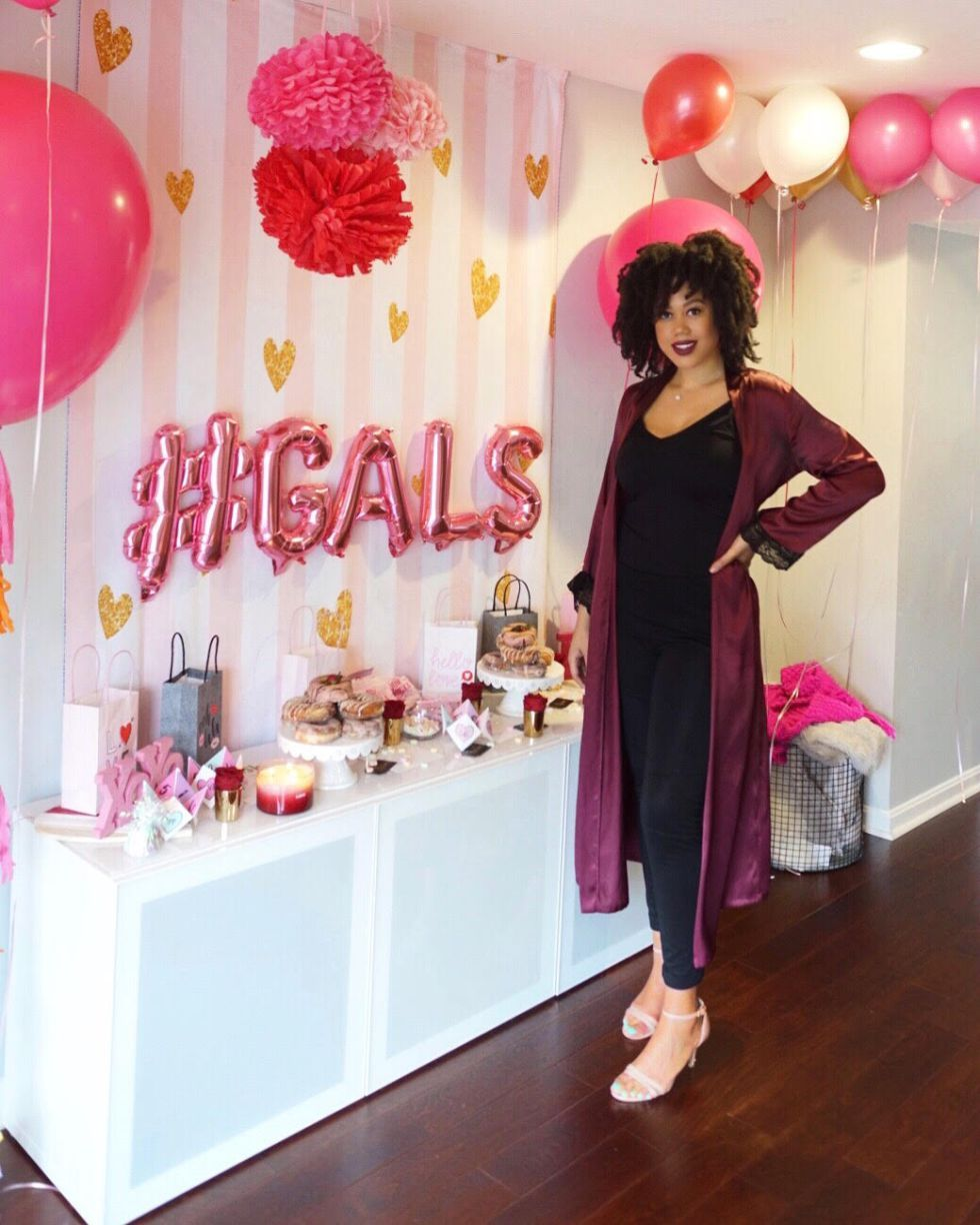 Galentine's Day Party  #galentinesday #galentines #valentinesday #valentine #vday #pinkdecor #glam #glamorous #beautyblogger #beauty