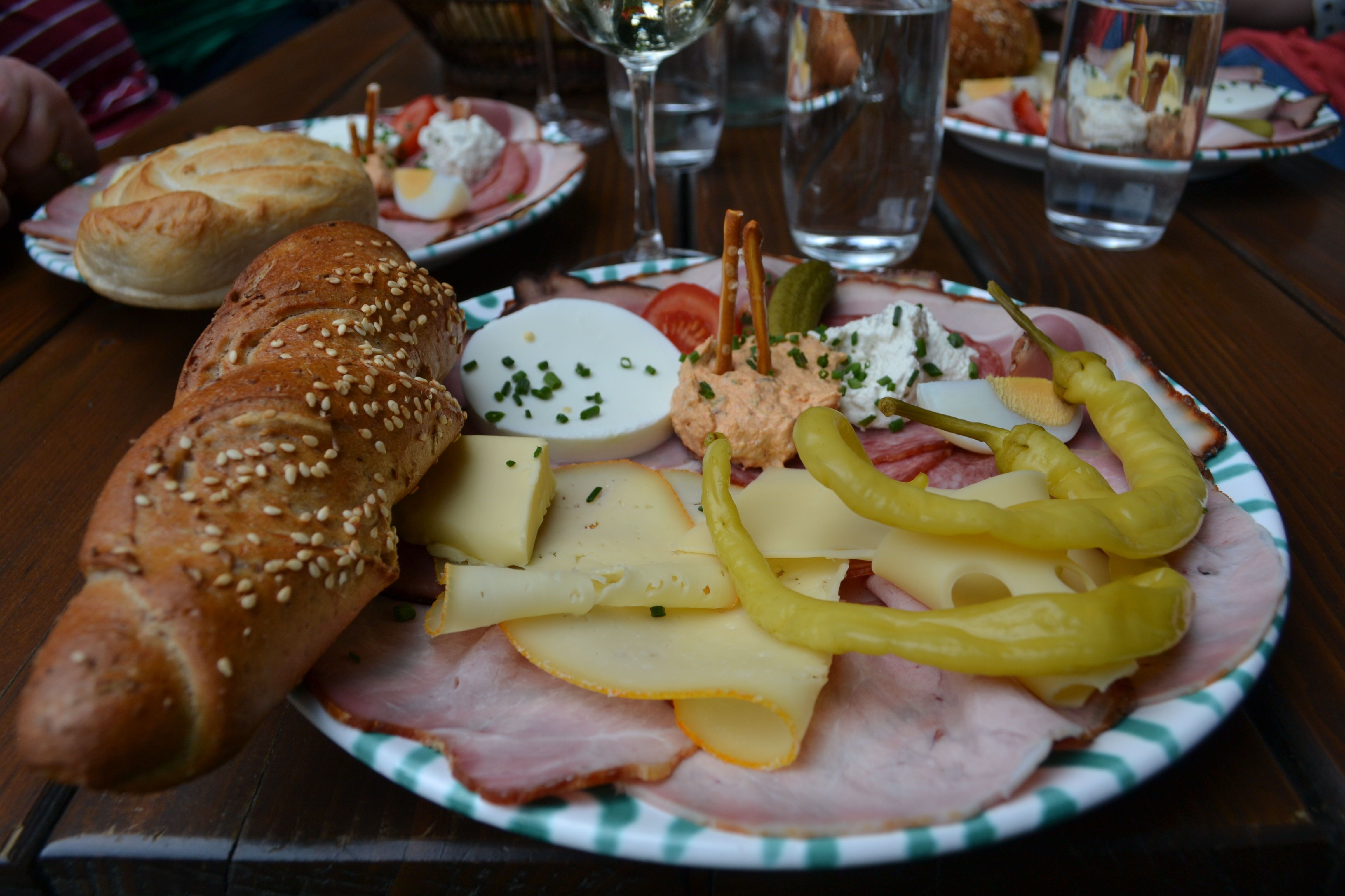A guide to traditional austrian food eating