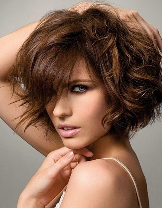 Cortes de cabello ondulado degrafilado