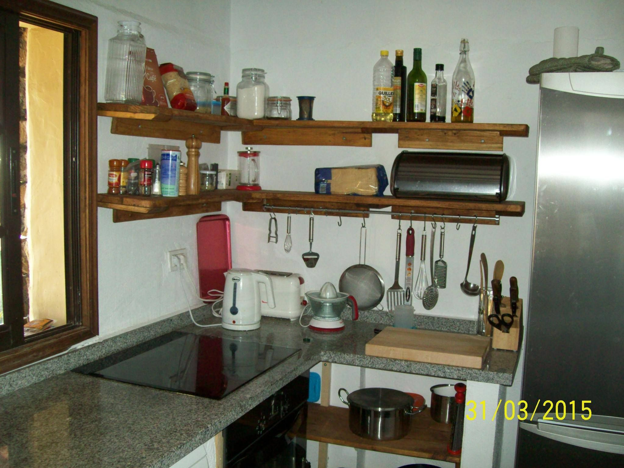 Repisas Para Cocina Confeccionada Con Maderas Recicladas