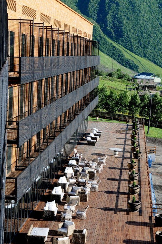 Gallery of hotel kazbeg goga chxetia ia chekheria for Design hotel kazbegi