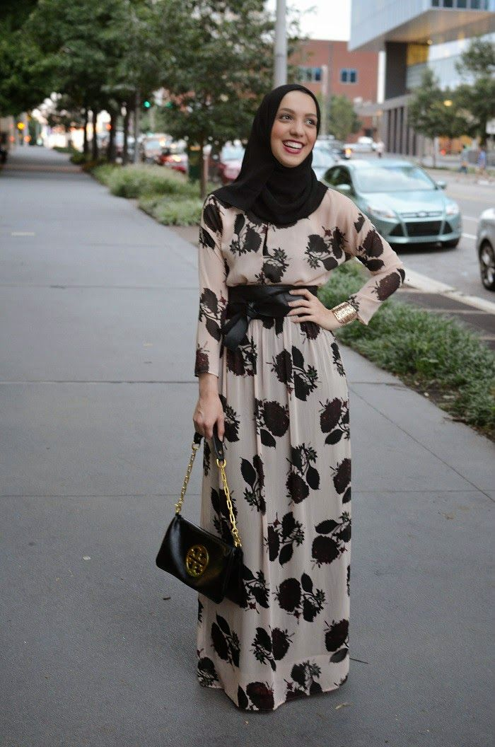 zara long sleeve maxi dress, floral print, modest fashion, hijabi fashion,  tory burch purse, bow belt, hani hulu