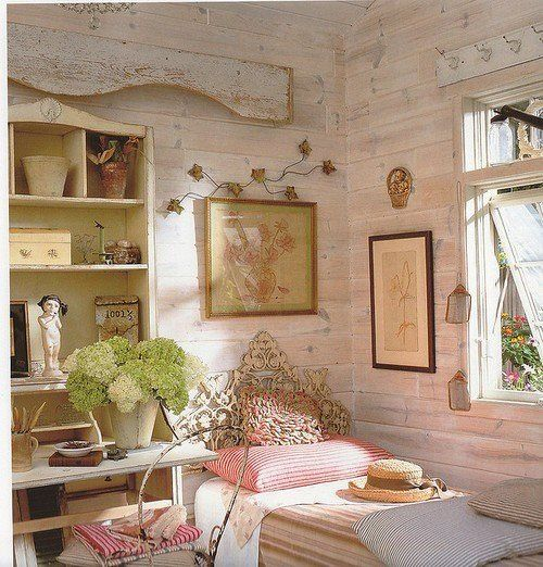 Oh I Love It Clean Fresh Objects Cherished And Reused Nice Pretty Bedroom Vintage Cottage Decor Fairytale Bedroom