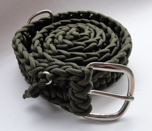 SurvivorGeek's 550 Paracord Survival Belt with Buckle. Designed to come apart in an emergency survival situation. Wear it hiking, camping, fishing, etc. then simple pull the tap to unravel the belt. #scottsmarketplace