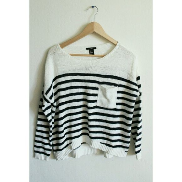 Striped crop sweater Knit striped crop sweater  Navy and white White pocket on the right Slouchy fit H&M Sweaters