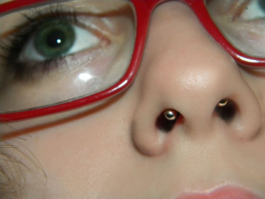 Hidden Septum I Wonder How Visible This Really Would Be Septum Piercing Septum Piercing Men Septum Piercing Jewelry