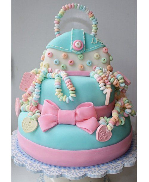 Girly Cake 50 Elaborate Birthday Cakes momme Girls cakes