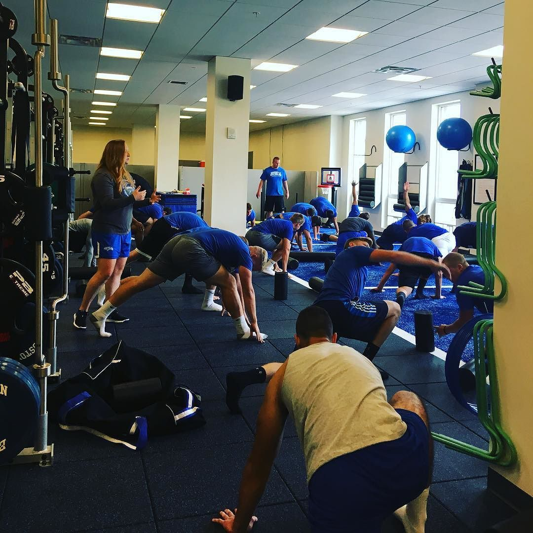 Look Who We Spotted Today Unefootball Doing Strength And Conditioning Drills With Coach K Noreaster Strength Une Universityofne Coach K New England Drill