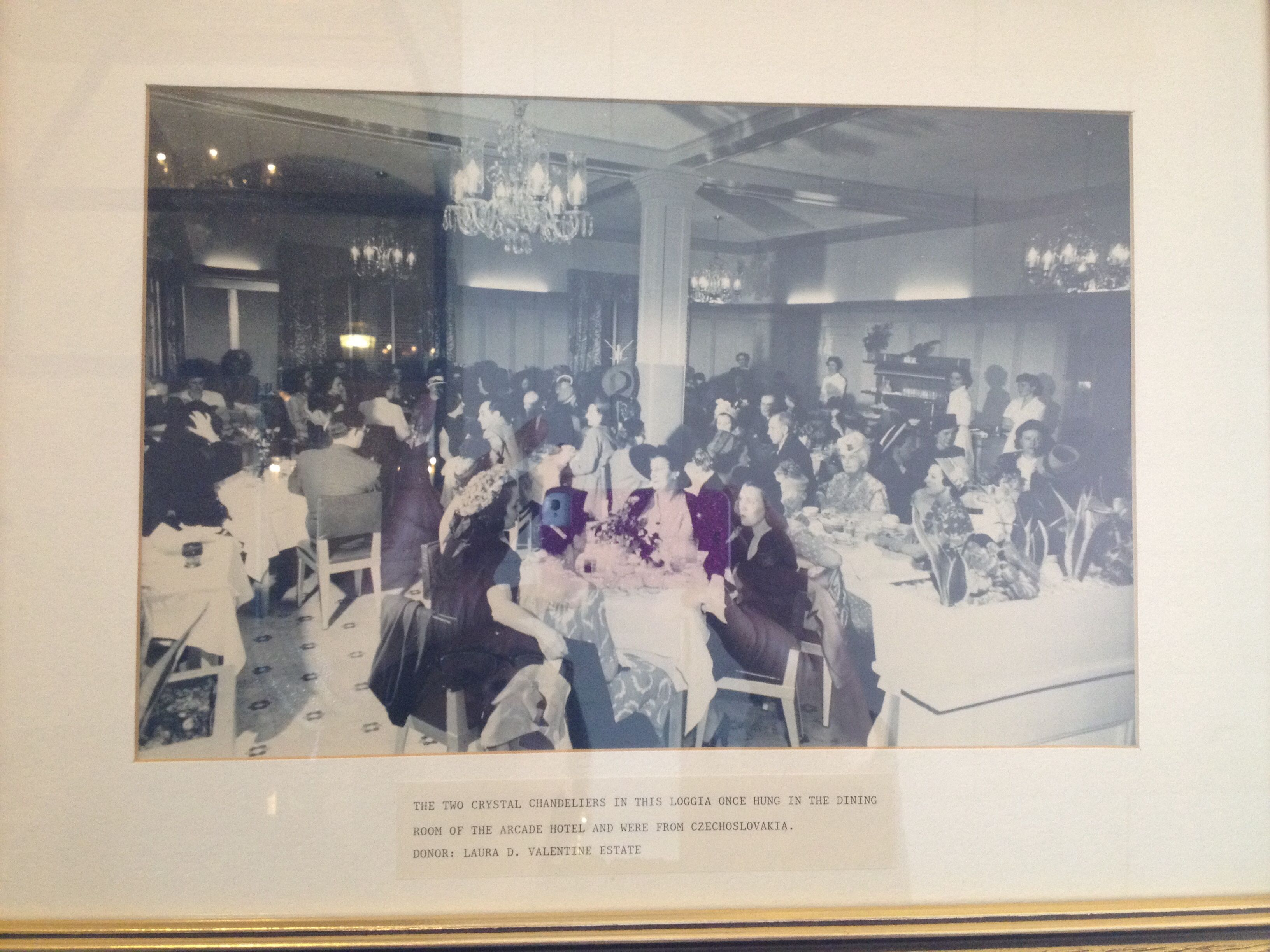 Arcade Hotel Marland S First Residence In Ponca City Light Fixtures When Was Torn