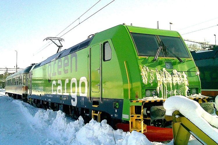 Pin By Knud Berggreen On Db Schencker Green Cargo Train Locomotive Railway