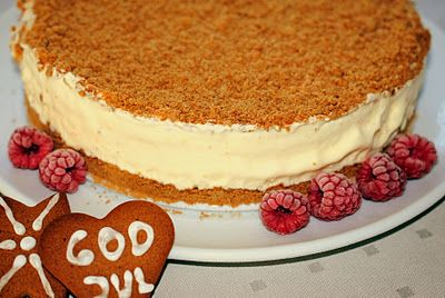 Gingerbread-icecake