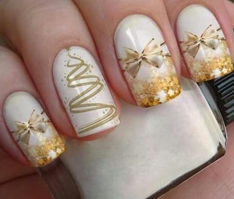 Festive Christmas Nail Art Designs & Ideas for New Year 2020 - JimIamy #longnails